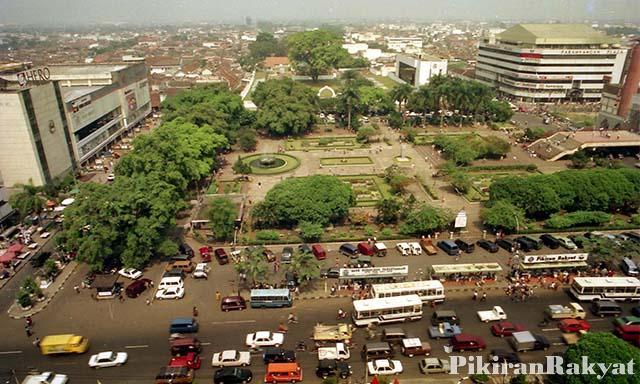 Galeri Foto Alun Bikin Kembali 70 Sampai Kota Bandung 1993