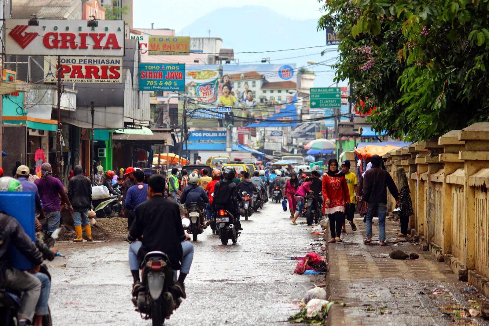 Penertiban Pkl Kabupaten Bandung Rampung Wisma Putra Pedagang Kaki Lima