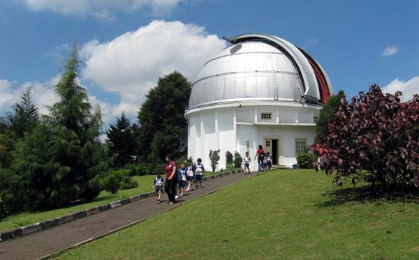 Bosscha Observatory2 Jpg Observatory Kab Bandung