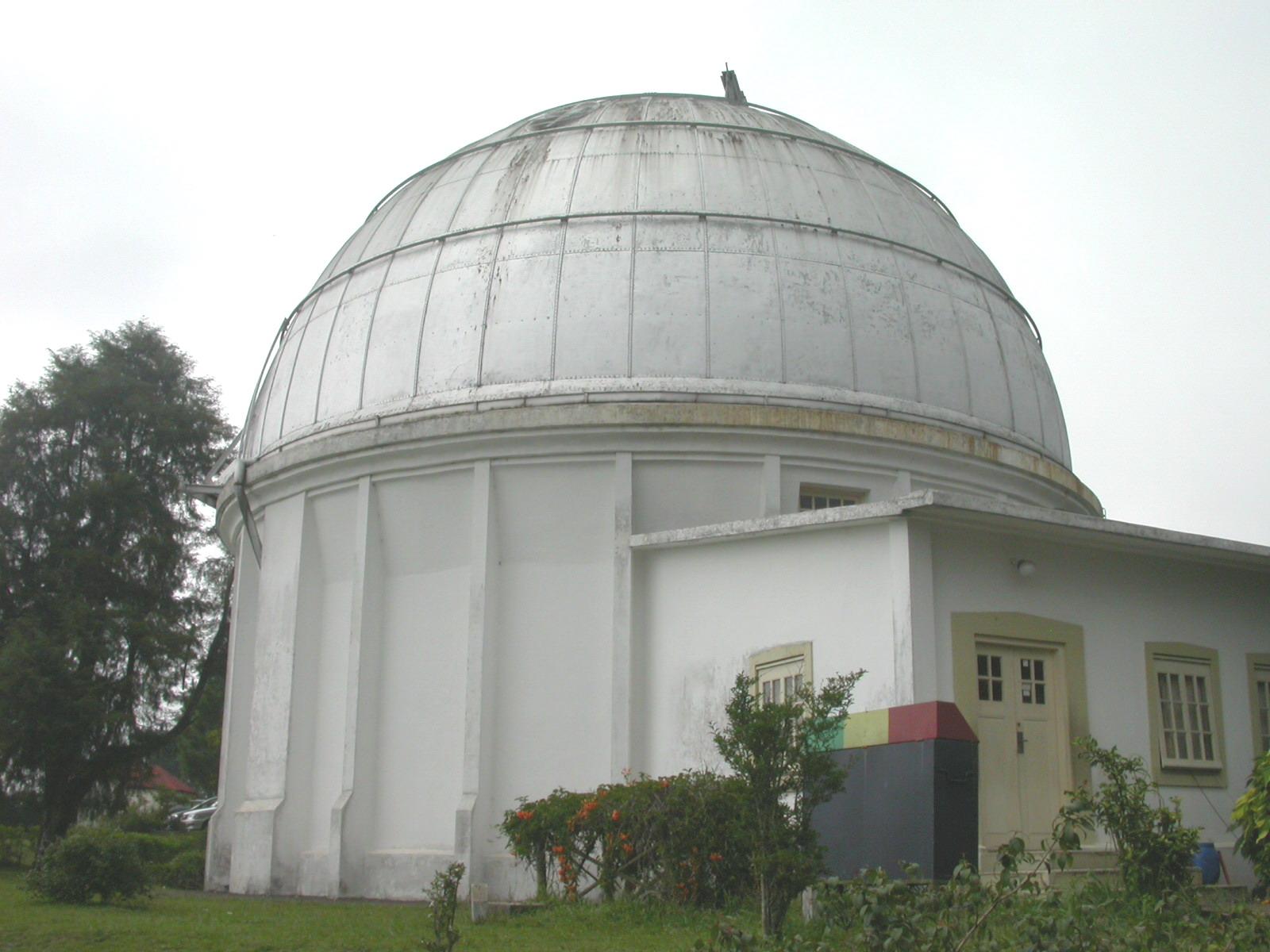 Mpu Jawa Barat Wisata Astronomi Bosscha Observatory Kab Bandung