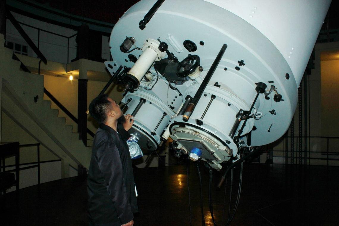 Wisata Edukasi Teropong Bintang Observatorium Bosscha Tempat Terbaik Indonesia Observatory