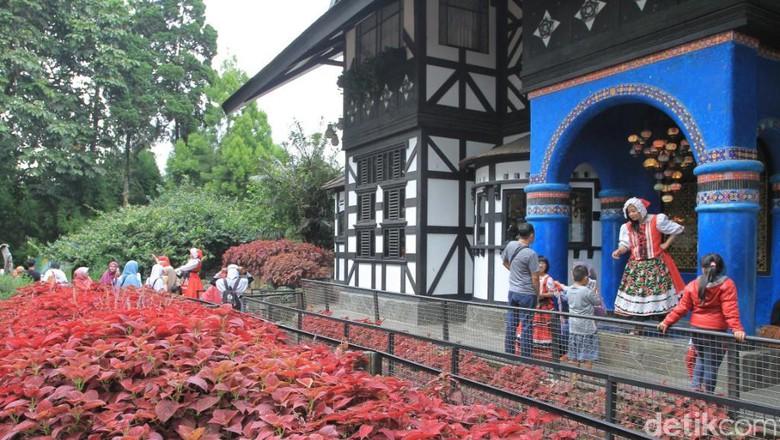 Bandung Rasa Eropa Foto Wisma Putra Detiktravel Farmhouse Lembang Kab