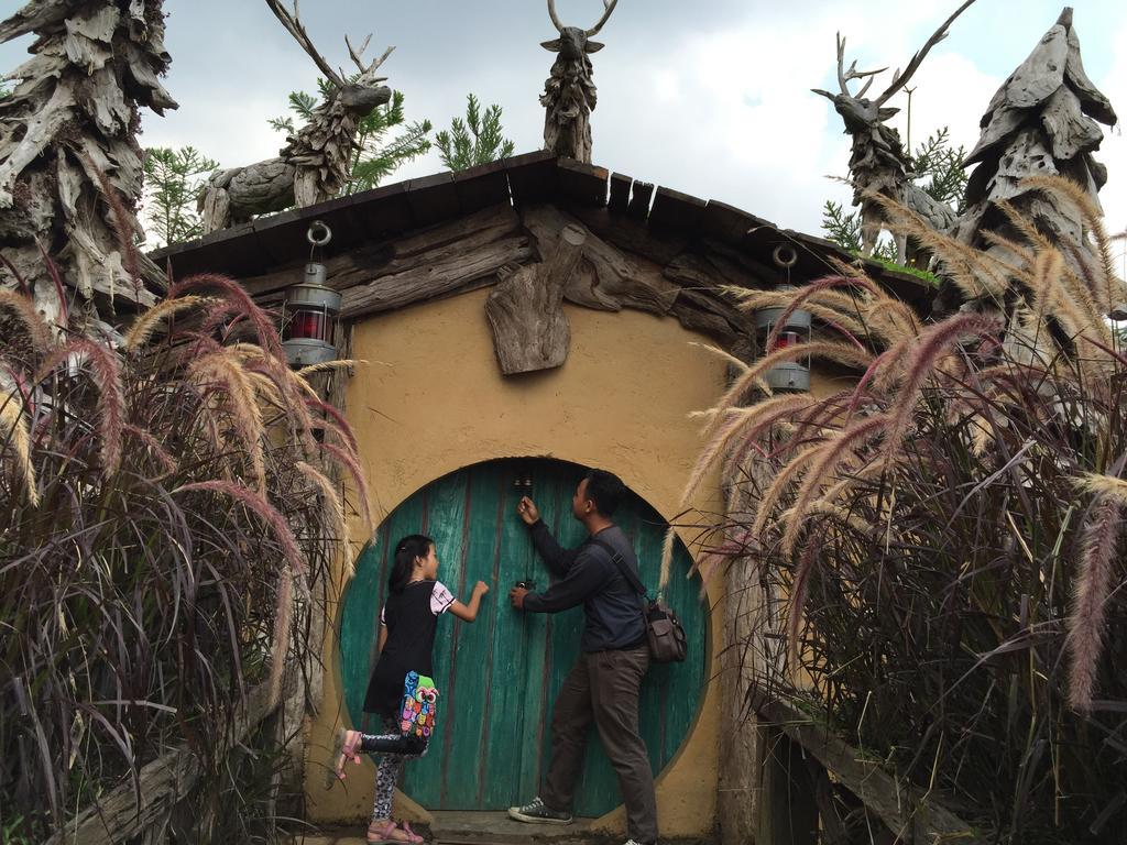 Dusun Bambu Resort Lembang Indonesia Booking Traveler Photo Farmhouse Kab