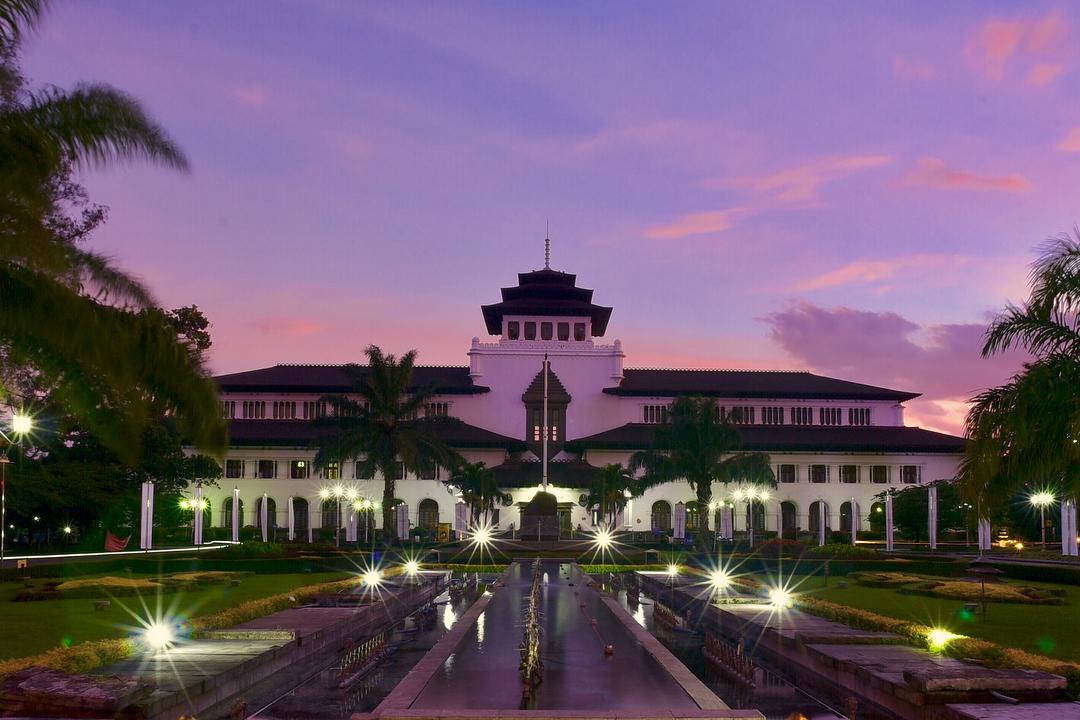 105 Tempat Wisata Bandung Wajib Dikunjungi Gedung Sate Kab