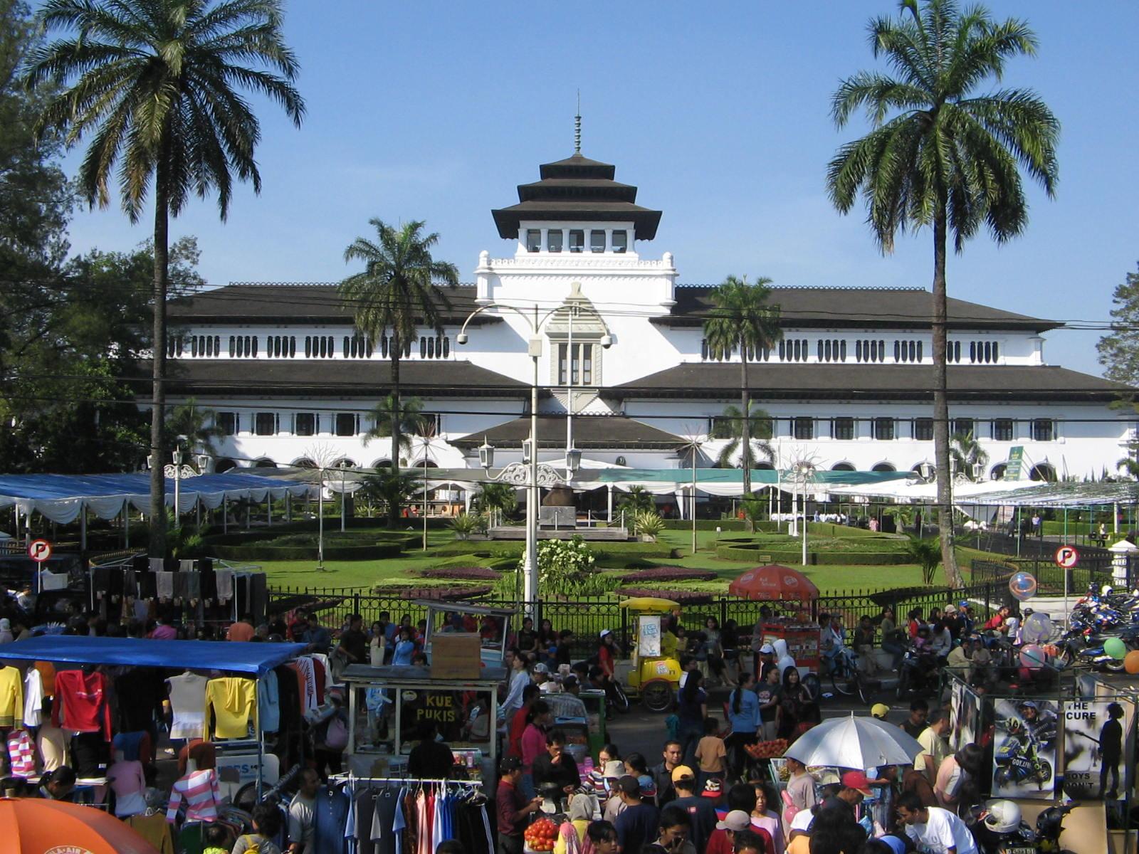 Audit Bangunan Kawasan Bandung Utara Suara Pembaruan Gedung Sate Kota