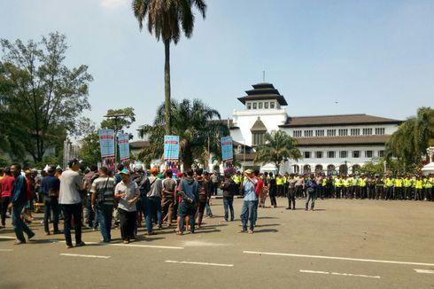 Berita Harian Terbaru Bandung Selatan Hari Kompas Sopir Angkutan Umum