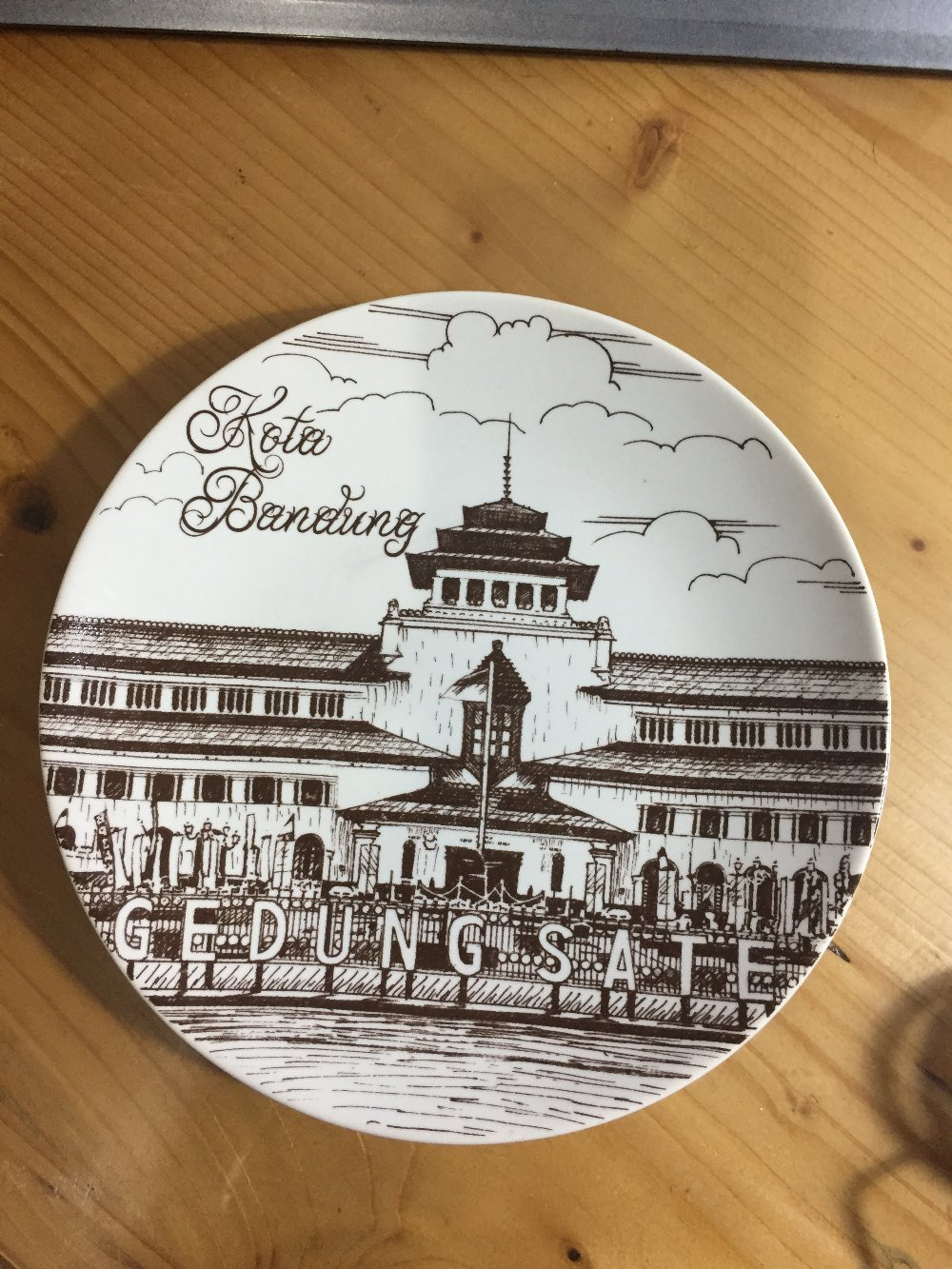 Jual Souvenir Piring Gedung Sate Bandung Lapak Muhammad Reza Kab
