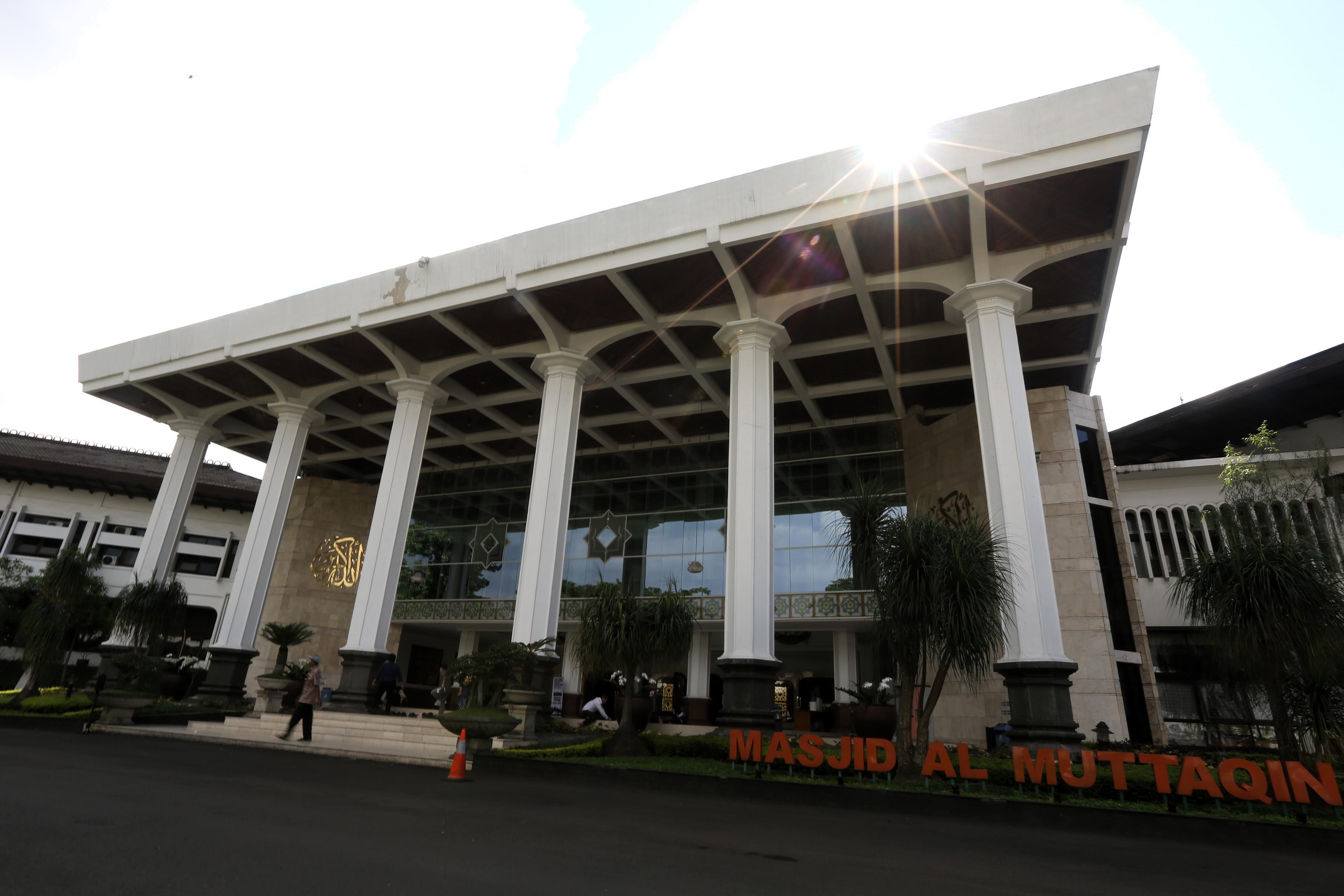 Masjid Gedung Sate Jadi Pusat Kegiatan Keagamaan Pemprov Jabar Jalan