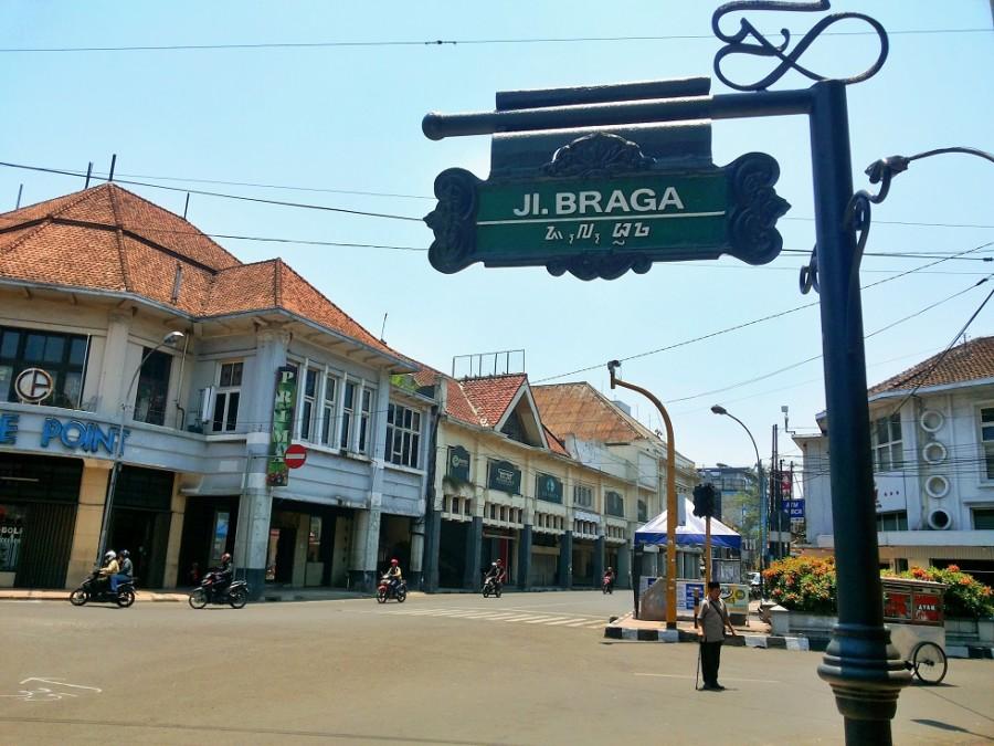 104 Tempat Wisata Malam Bandung Dikunjungi Tempatwisataunik Jalan Braga Kab