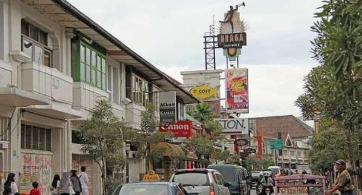 Referensi Tempat Wisata Jalan Braga Bandung Menyenangkan Kab