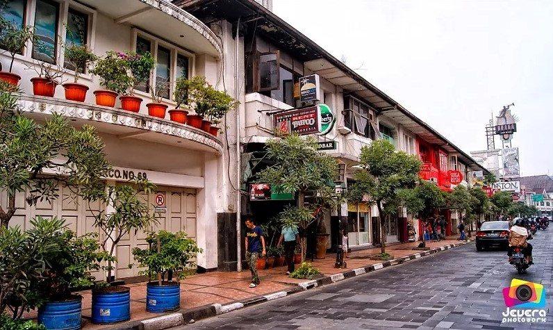 Sebelum Traveling Bandung Simak Dulu Fakta Tips Jalan Braga Babirun