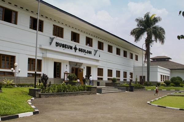 10 Rekomendasi Gedung Pernikahan Bandung Museum Geologi Kab