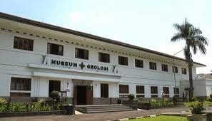 Jalan Kota Kembang Bandung Februari 2015 Nama Alamat Museum Wisata