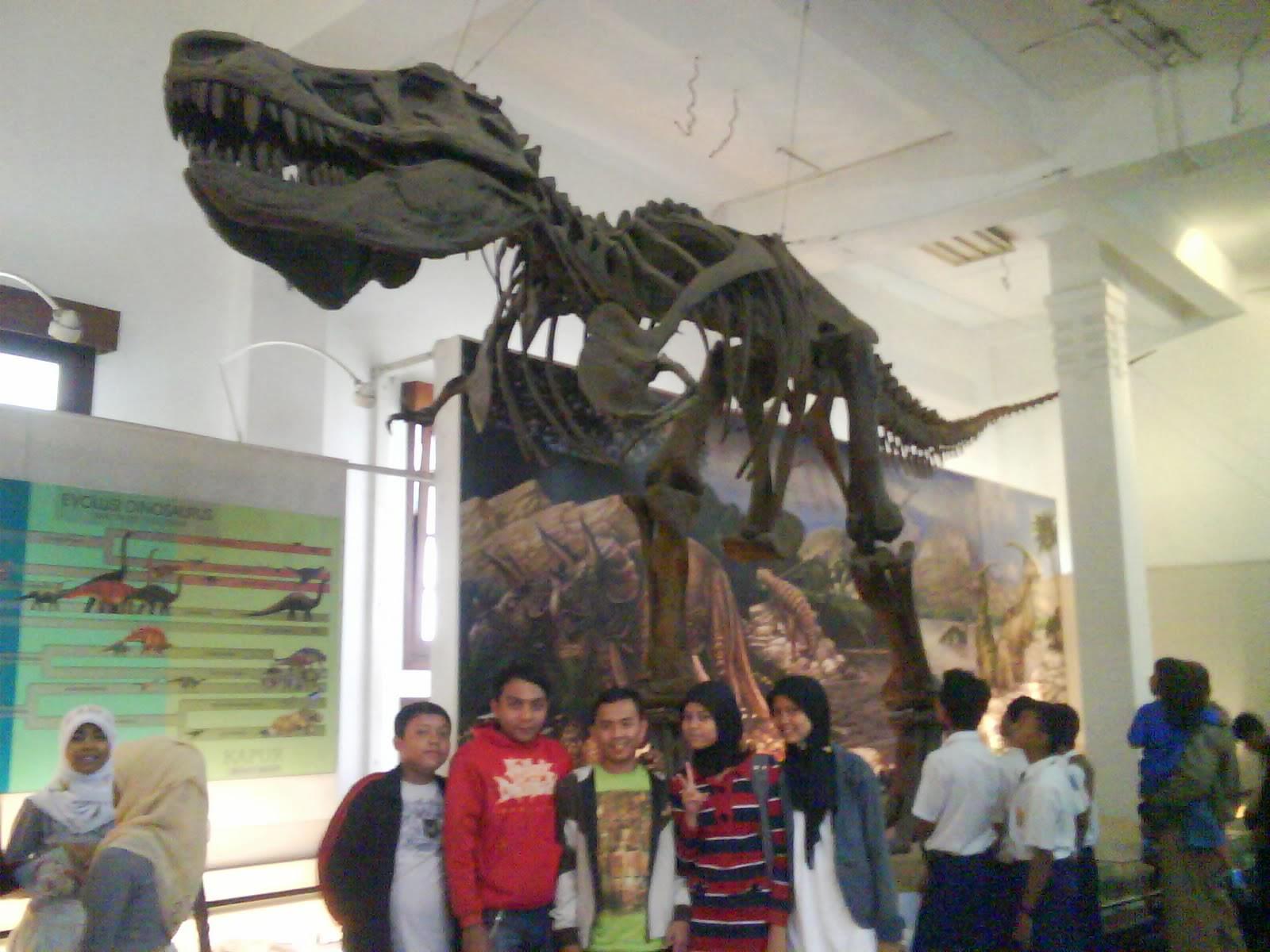 Museum Geologi Bandung Lokasi Tidak Jauh Gedung Sate Termasuk Satu