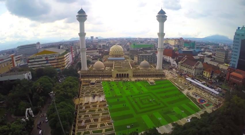 55 Tempat Wisata Bandung Daerah Lembang Ciwidey Kota Selatan Masjid