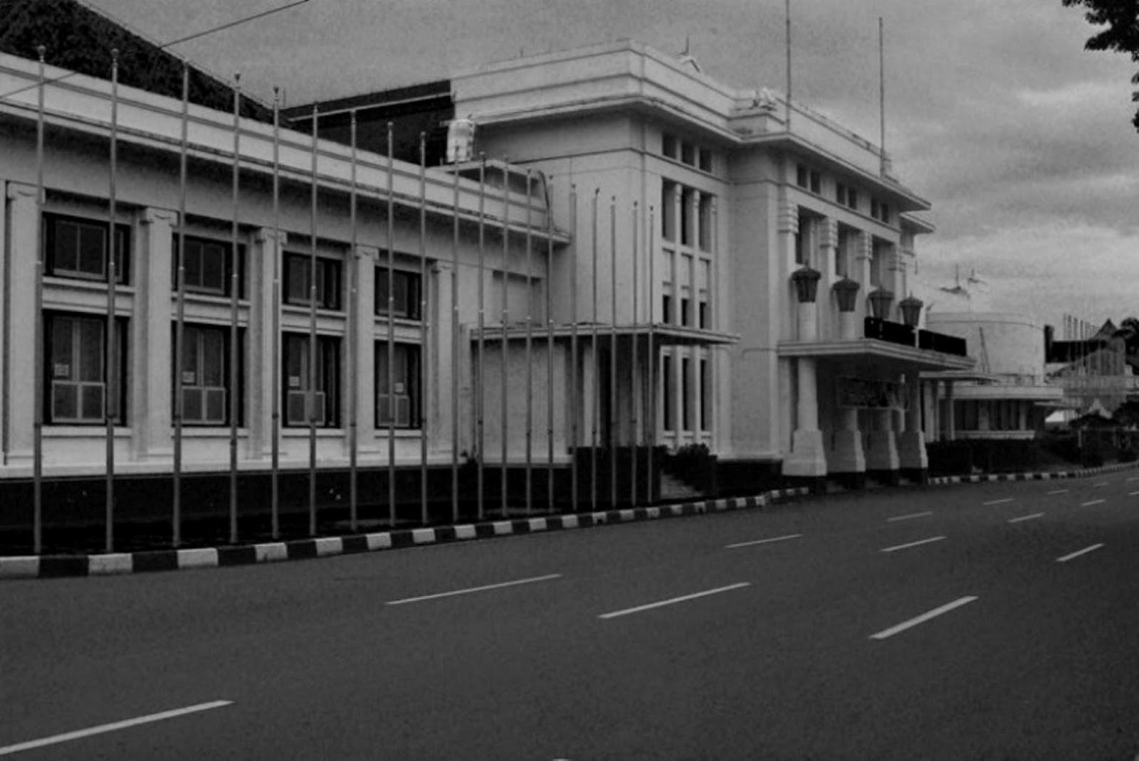 Wisata Kota Bandung Pilar Jabar Gedung Merdeka Museum Konferensi Asia