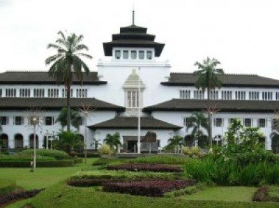 200 Tempat Wisata Bandung Keren Terbaik Gedung Sate Kebangaan Warga