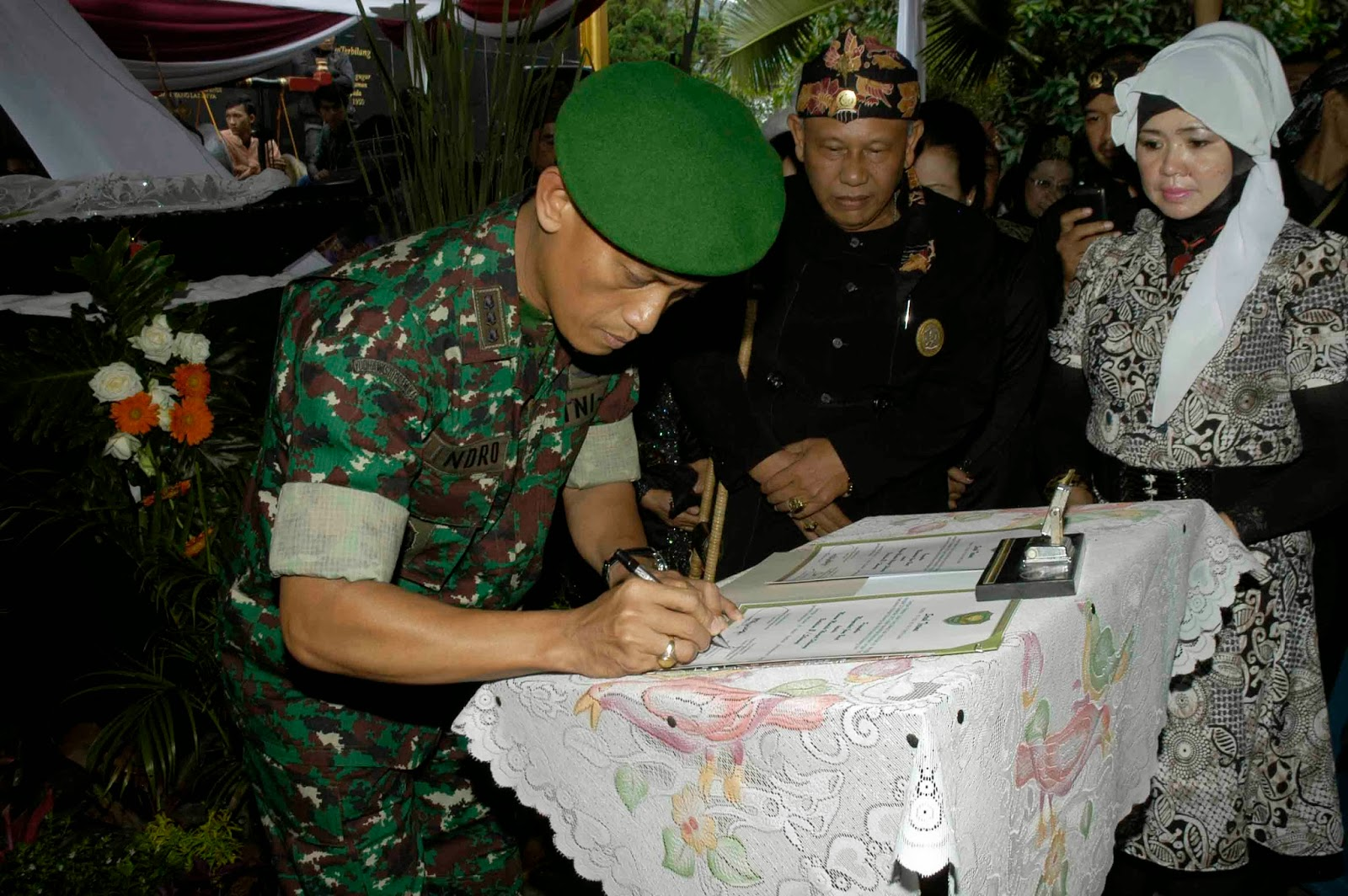 Monumen Lingga Yoni Koleksi Museum Mandala Wangsit Siliwangi Sjo Bandung