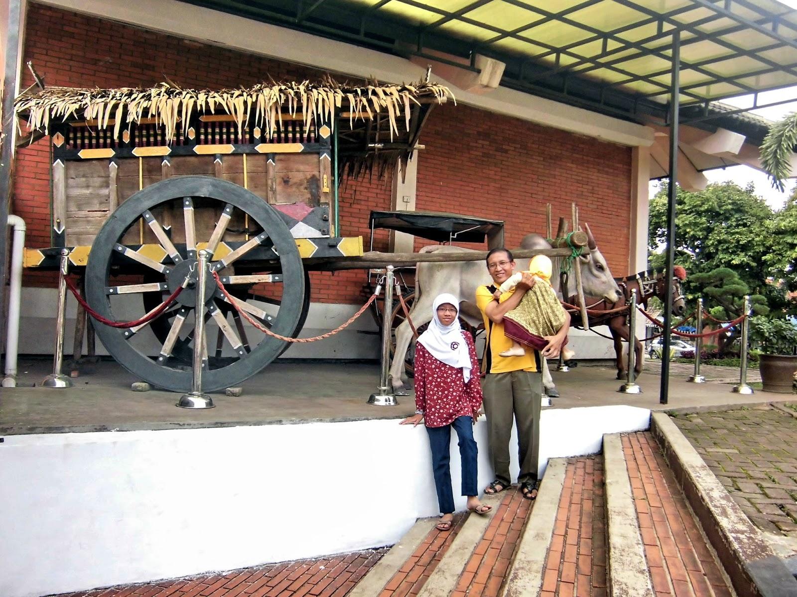 Firdaus Ubaidillah 2013 Rekreasi Museum Negeri Sri Baduga Propinsi Jawa