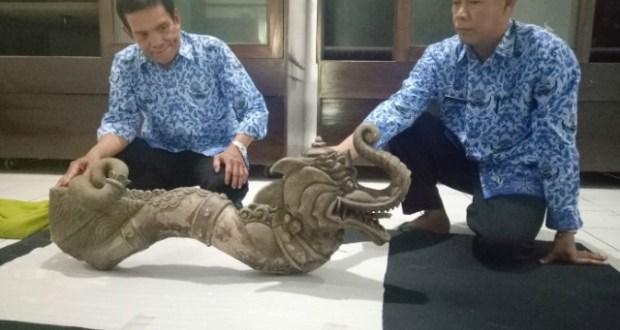 Penemuan Artefak Mirip Naga Gunung Lalakon Bandung Jabaronline Musium Sri