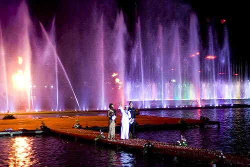 Taman Air Mancur Sri Baduga Tumbuh Cinta Purwakarta Penari Penyanyi