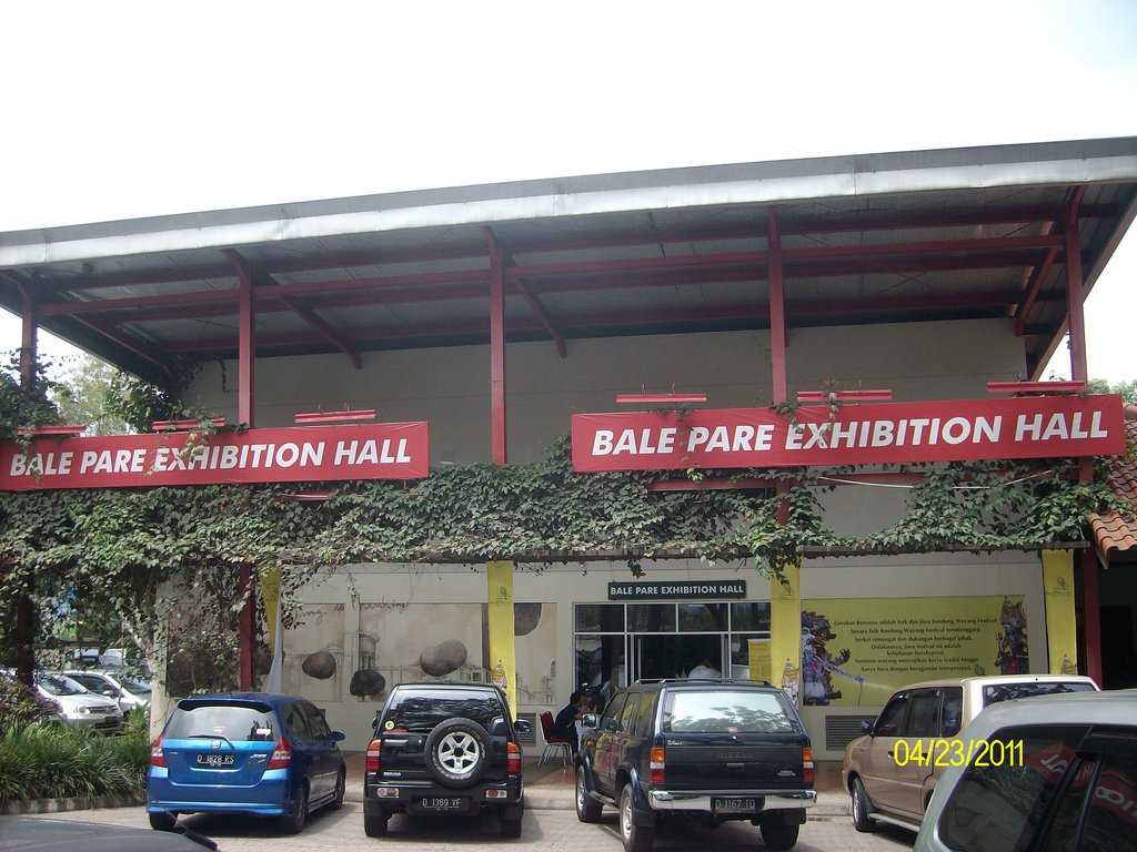 Bale Pare Kota Parahyangan Kab Bandung Barat Indon Flickr Indonesia