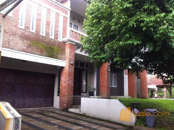 Rumah Mewah Semi Furnished View Danau Pitaloka Kota Parahyangan Kab