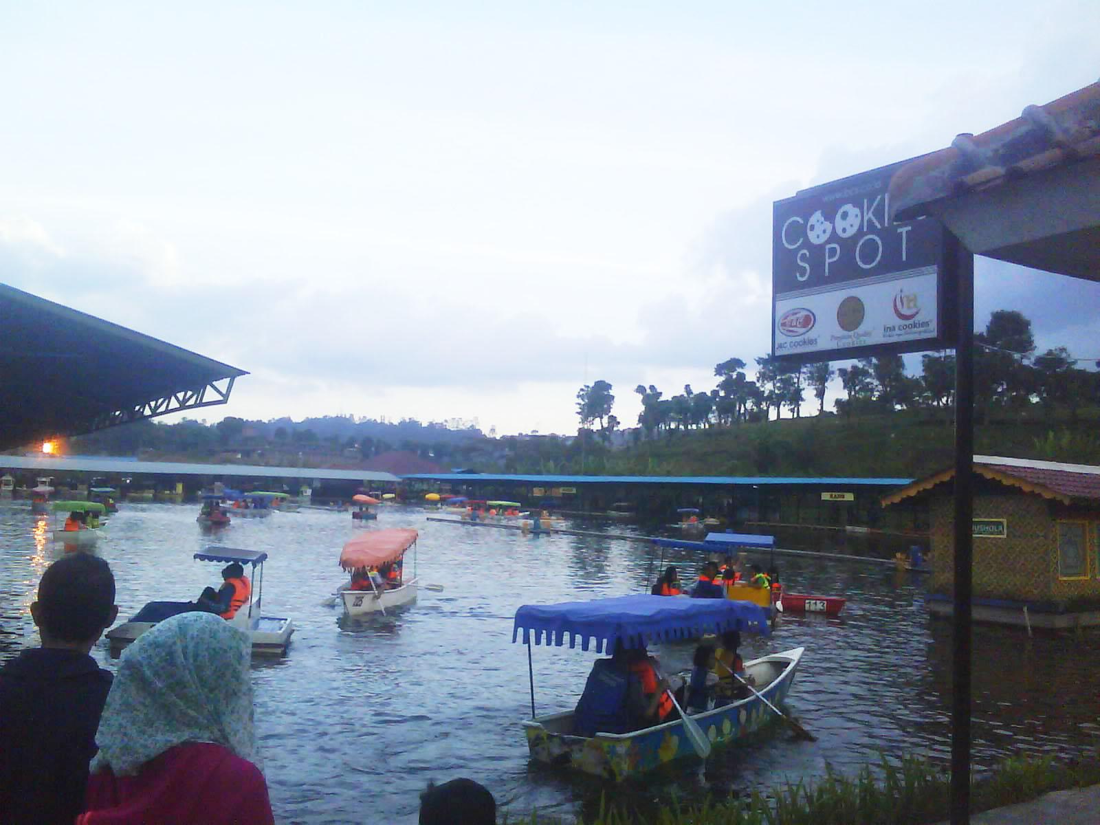 Floating Market Villa Gartik Pasar Apung Lembang Kab Bandung