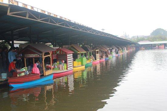 Pasar Terapung Lembang Picture Floating Market Apung Kab Bandung