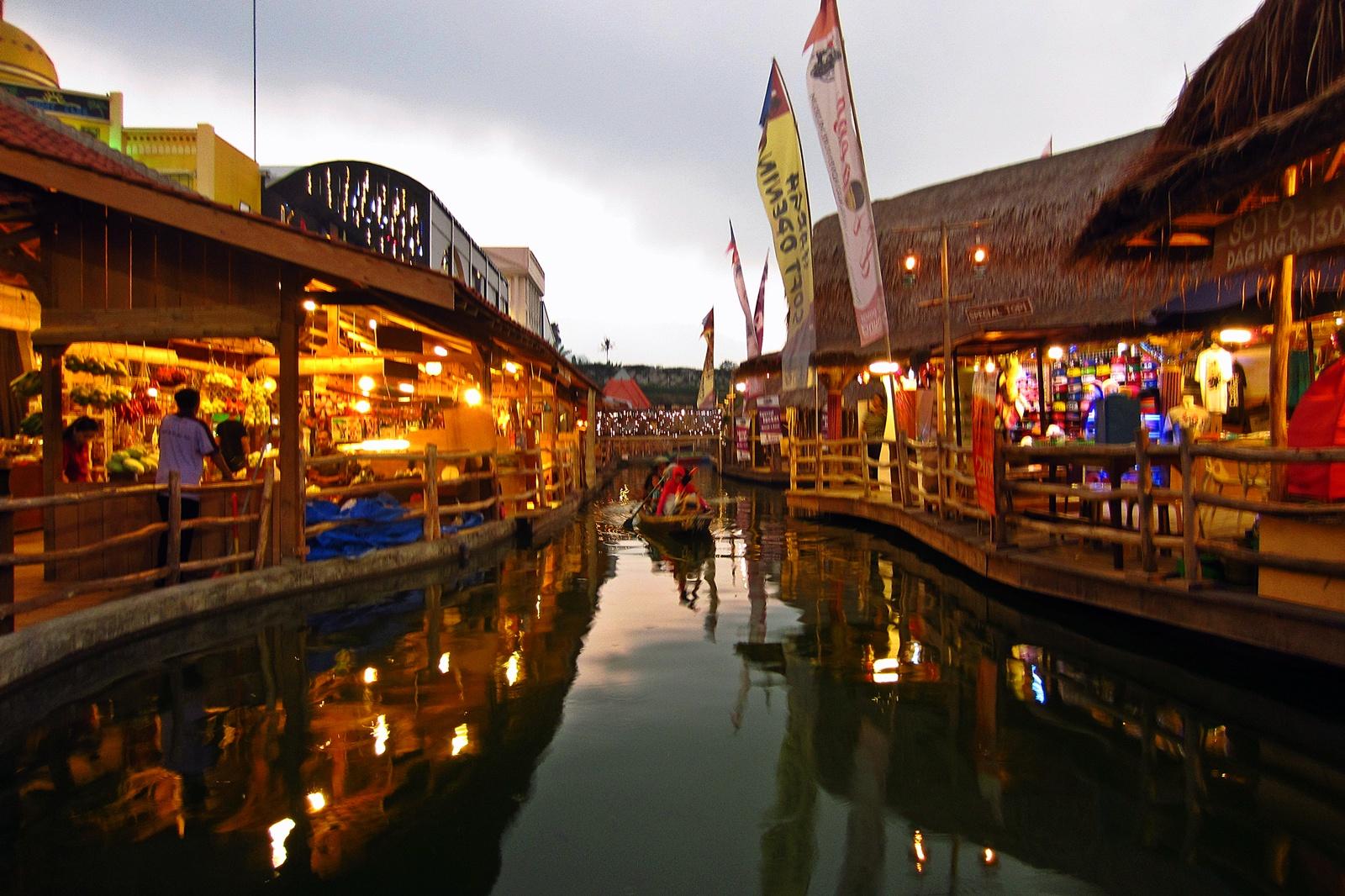 Tak Perlu Jauh Kalimantan Malang Punya Pasar Apung Seindah Lembang