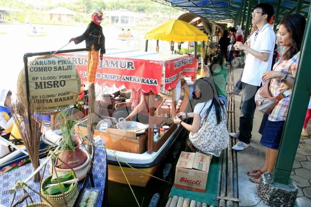 Wisata Floating Market Lembang Outbound Jasa Bandung Info Pasar Apung