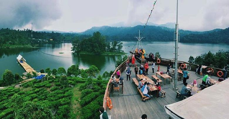 Tempat Wisata Bandung Selatan 1 Muara Trans Hampir Bagian Pinisi