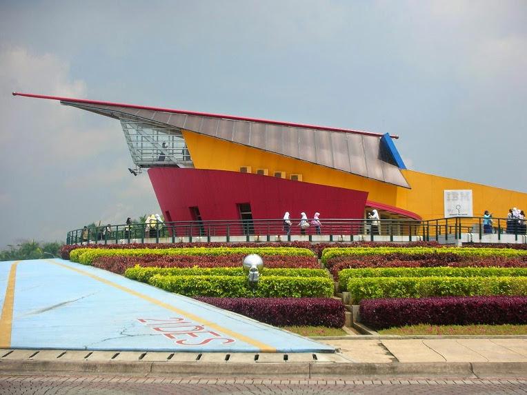 Puspa Iptek Sundial Cocok Study Tour Buahatiku Bandung Kab
