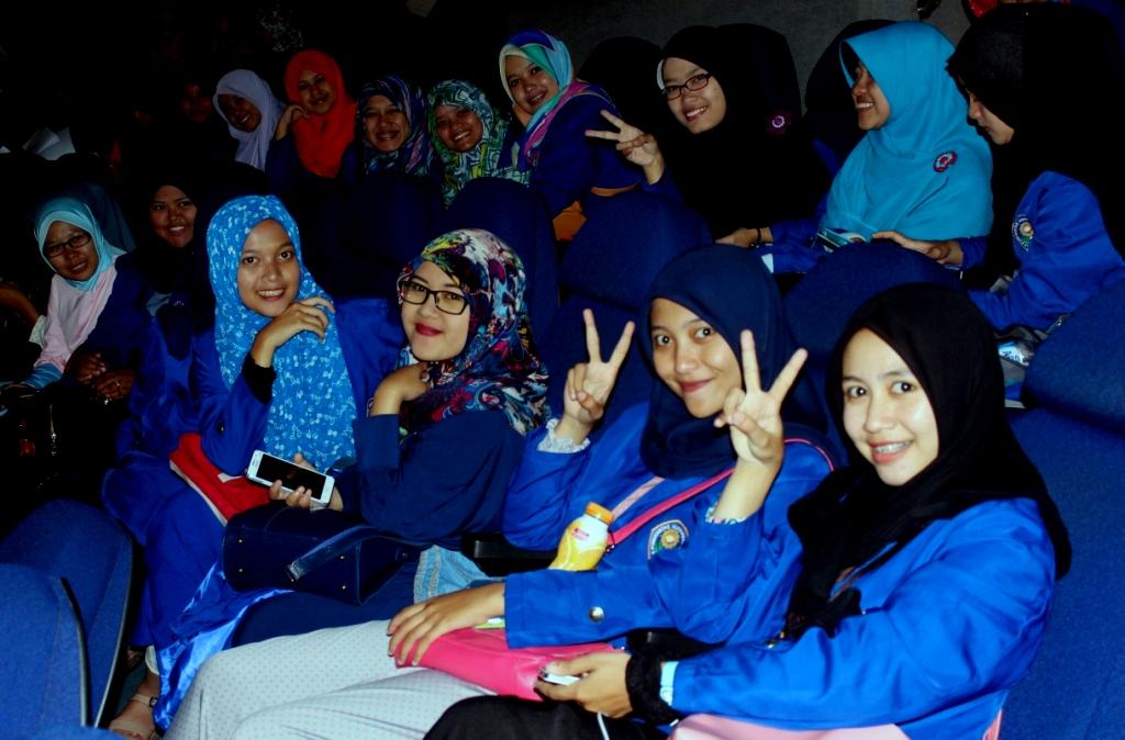 Vacation Ummi Edukasi Wisata Bandung Suasana Dome Theatre Galeri Iptek