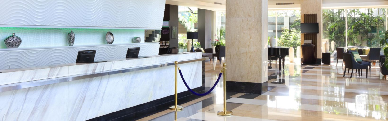 Holiday Inn Bandung Pasteur Hotel Ihg Lobby Rumah Mode Kab