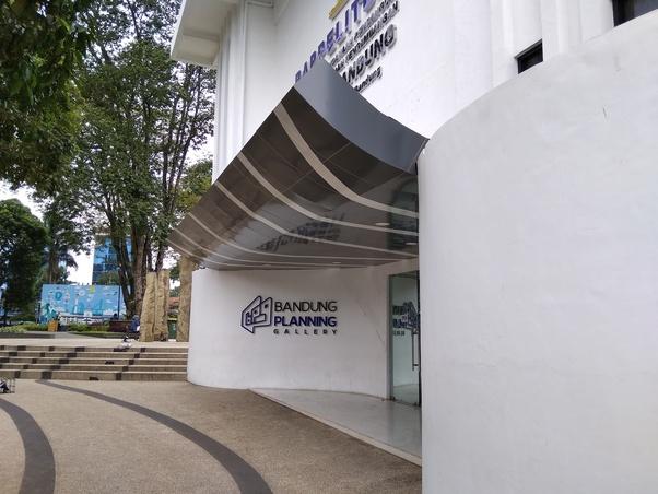 Interesting Tourist Sites Bandung Quora Balai Kota Visiting Planning Gallery