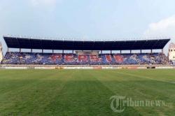 Breaking News Fasilitas Stadion Jalak Harupat Rusak Kab Bandung