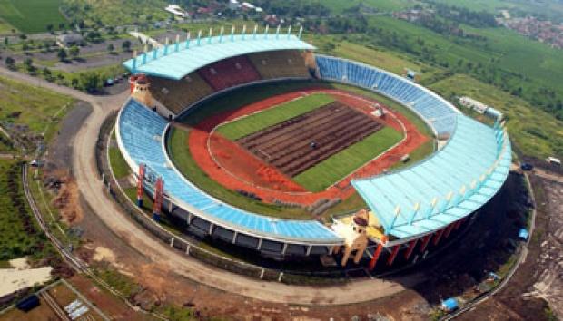 Pemanfaatan Stadion Jalak Harupat Contek Jakabaring Kab Bandung