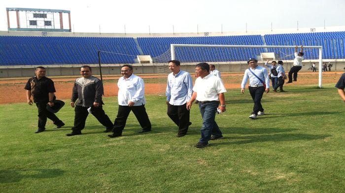 Perlu Perbaikan Penambahan Fasilitas Stadion Jalak Harupat Kab Bandung