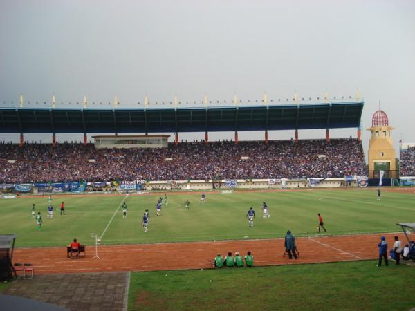 Pot Bachi Chicharito Ideterbelakang Blogs Stadion Jalak Harupat Kabupaten Bandung