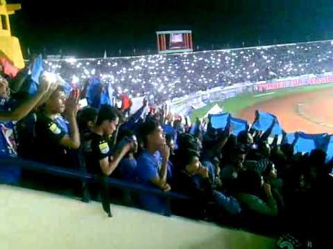 Stadion Jalak Harupat Bandung Tribun Timur Bersorak 26 03 2016