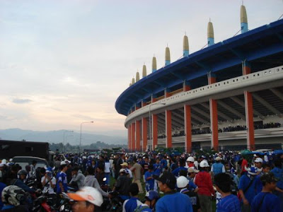 Wawasan Unik Stadion Jalak Harupat Olahraga Berlokasi Desa Kopo Cibodas