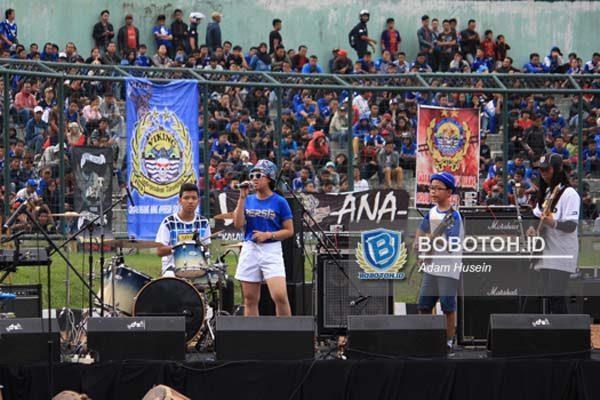 Launching Persib Stadion Siliwangi Rada Garing Balebandung Suasana Acara Bandung