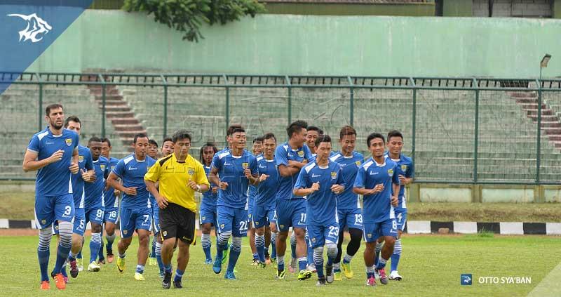 Persib Bandung Berita Online Simamaung Stadion Siliwangi Foto Latihan Sim