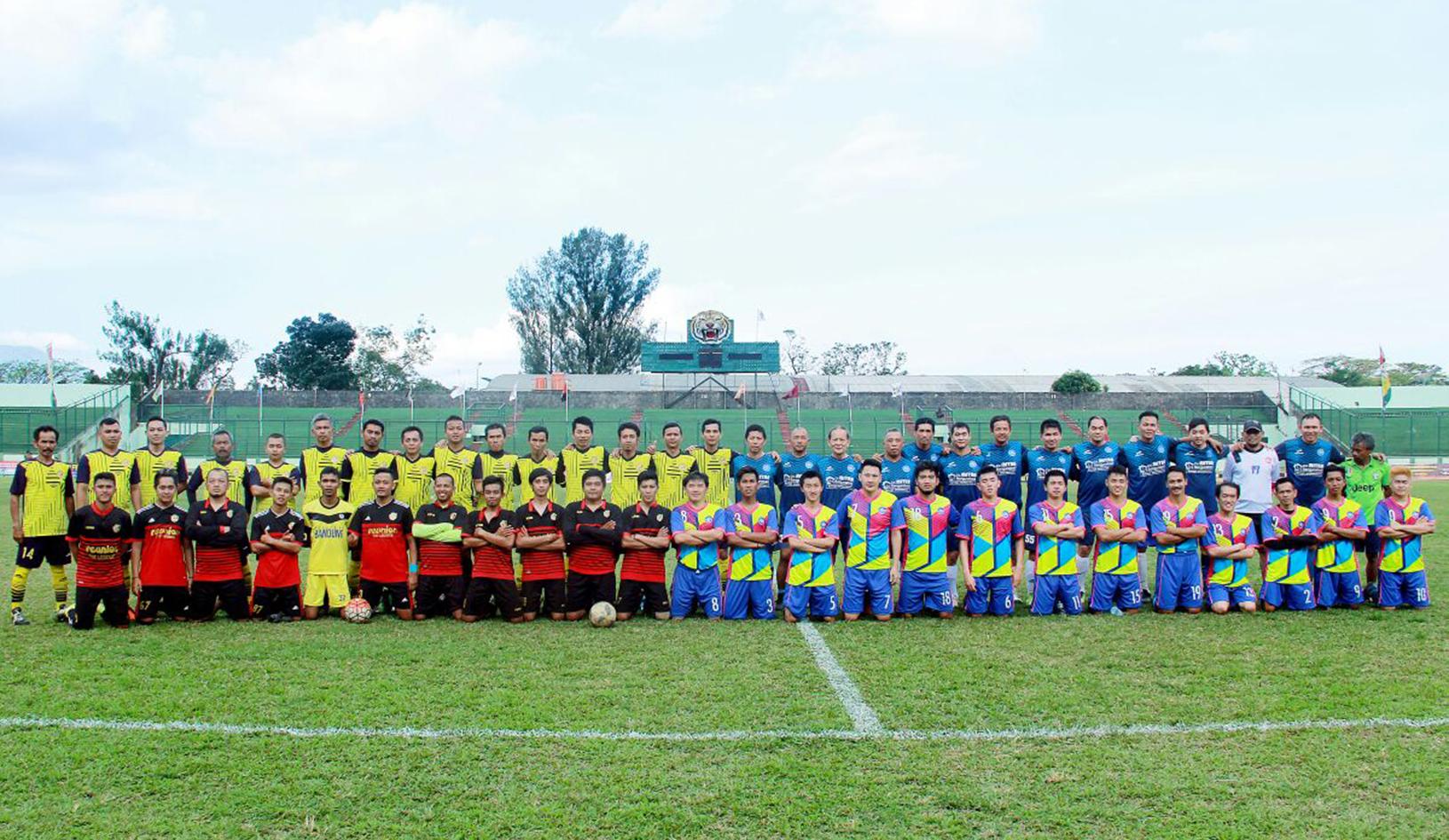 Pertandingan Persahabatan Stadion Siliwangi Pikiran Rakyat Tantan Bandung Kab