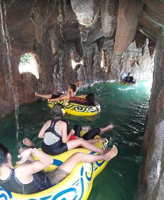 Harga Tiket Masuk Pesona Nirwana Waterpark Cottages Soreang Kolam Arus