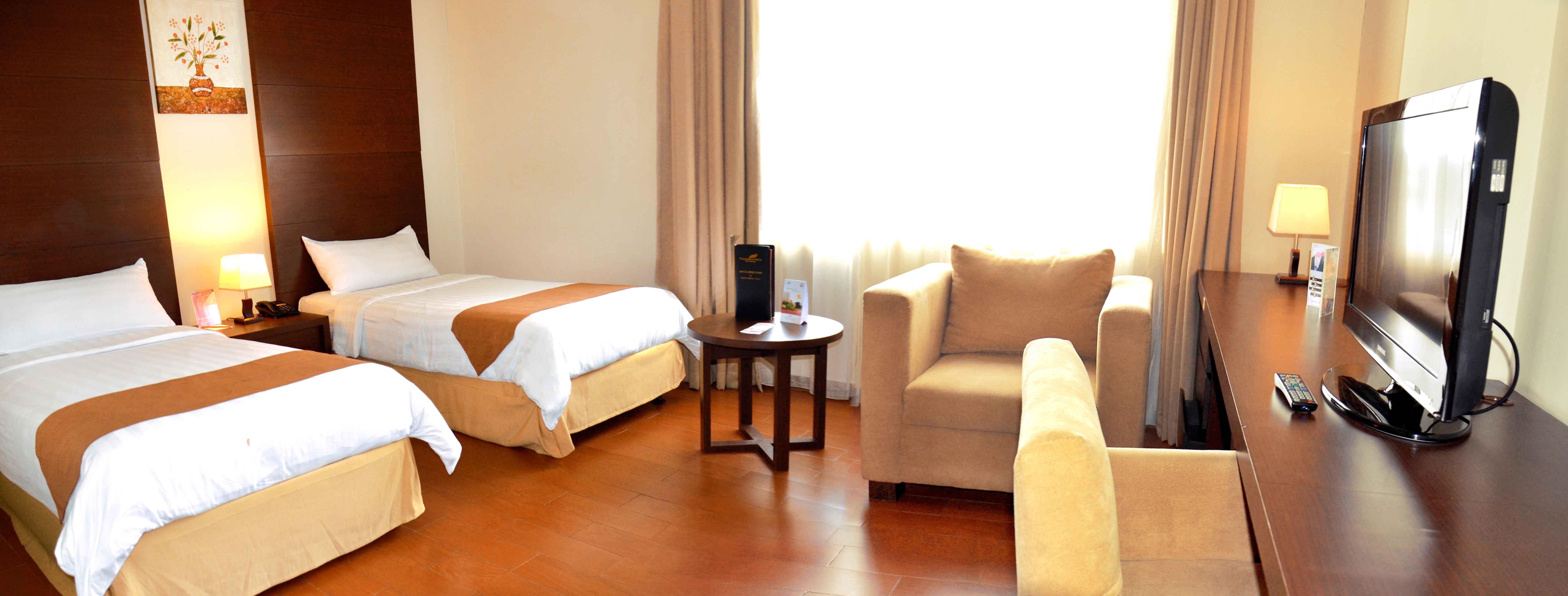 Padjadjaran Suites Hotel Conference Detail Taman Air Nirwana Bandung Kab