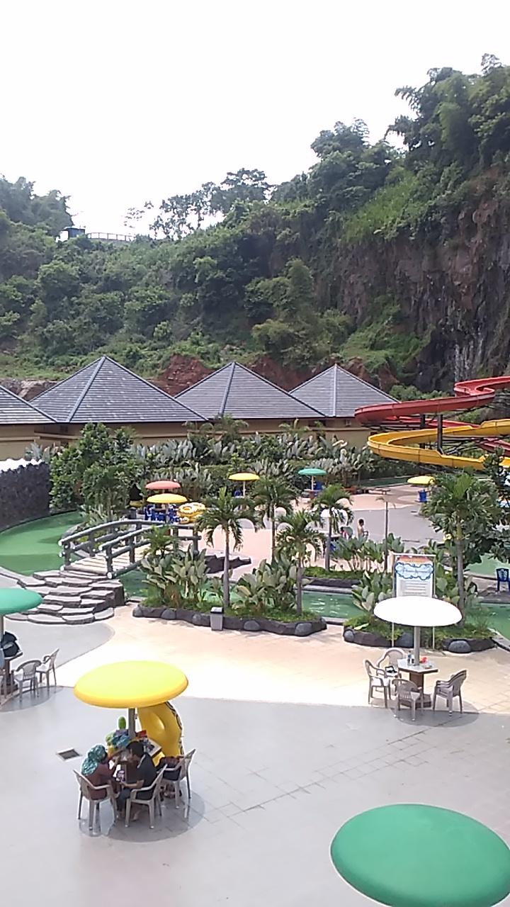 Paket Wisata Pesona Nirwana Waterpark Cottages Soreang Bandung Full Taman