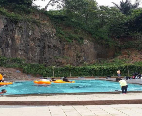 Tempat Wisata Pesona Nirwana Kuliner Kiddy Pool Wahana Air Khusus