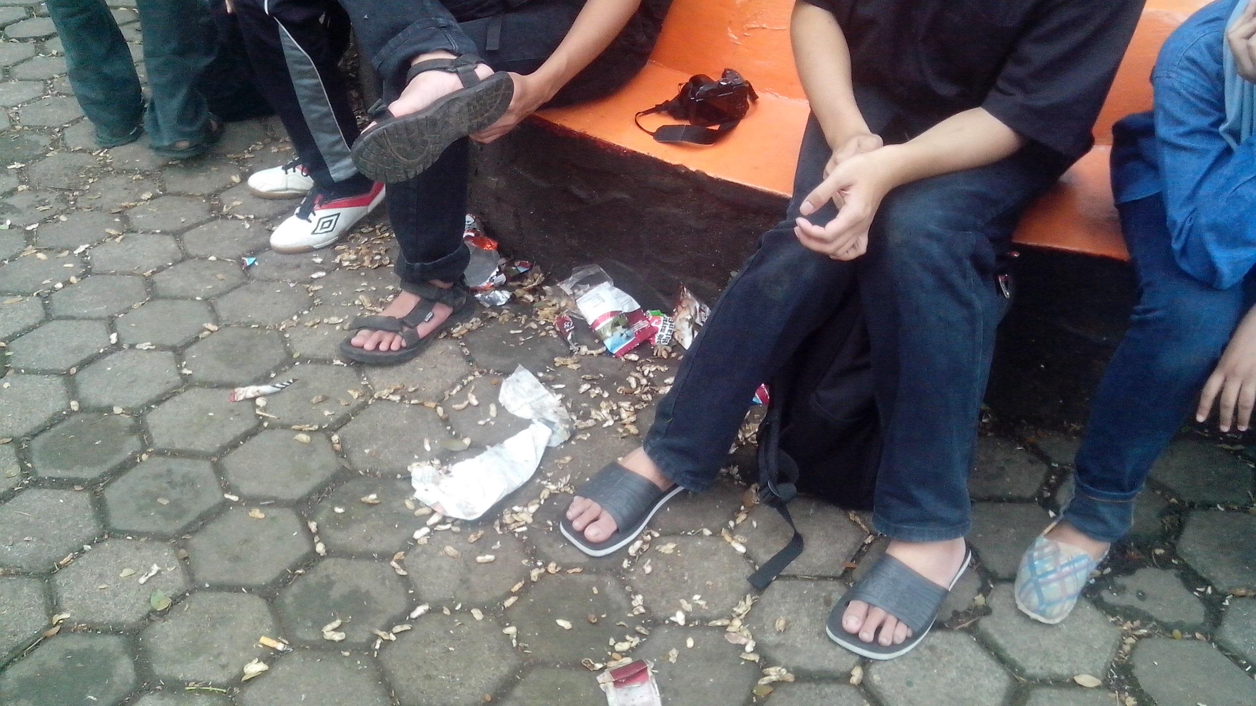 November 2013 Washo Blog Kondisi Taman Cempaka Sampah Berserakan Kab